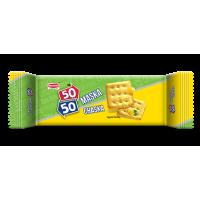 Britannia 50-50 Maska Chaska Biscuits
