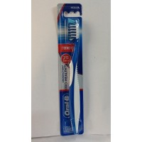 Oral-B Cross Action Pro Health Medium Tooth Brush